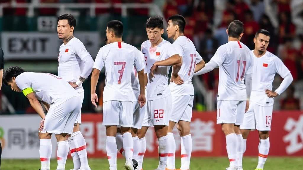 职业化之后中国足球越来越菜,为何还要持续?由于……