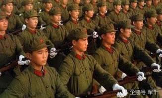 解放軍老兵最喜歡的一款軍裝,軍迷看後瞬間喜歡上!
