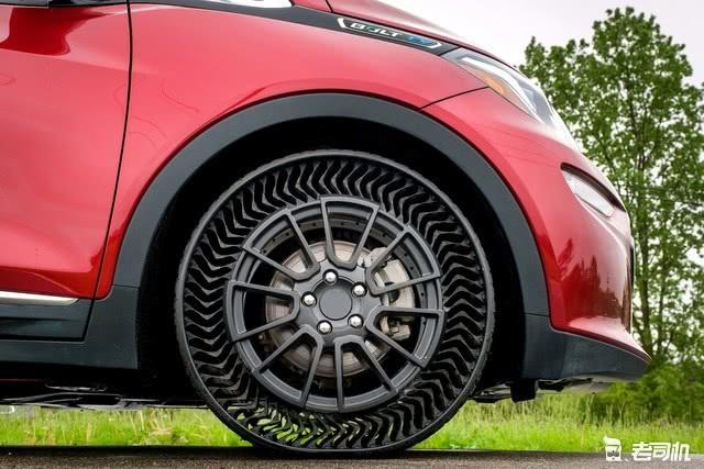 不用充氣不怕被扎 米其林Uptis免充氣輪胎2024年到來 【老司機出品】 自媒體 第1张