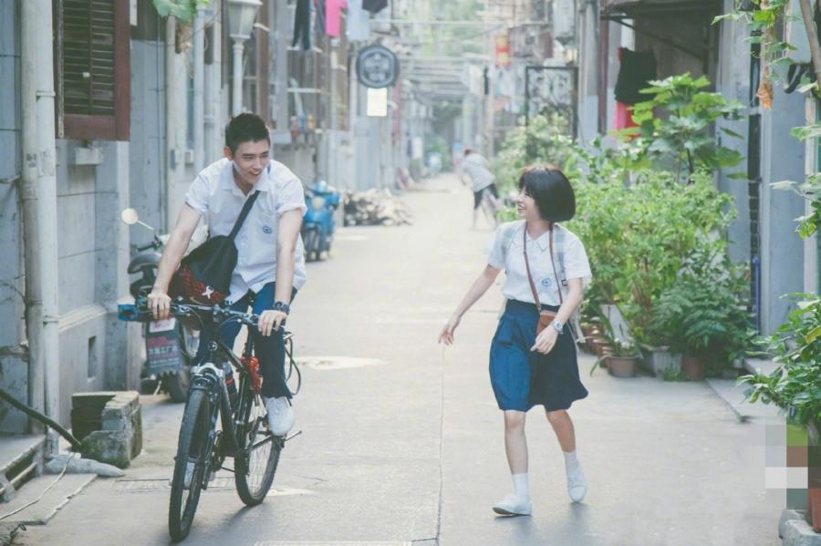 電影版《最好的我們》上映,陳飛宇何藍逗的耿耿余淮表現褒貶不一 【我娛你有約】