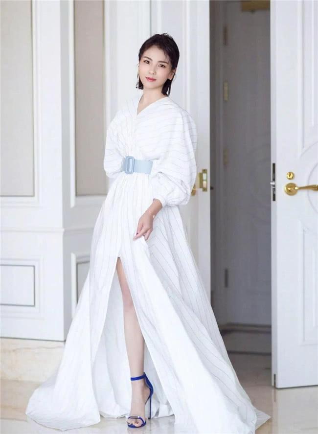 優雅迷人的襯衫裙,俞飛鴻韓雪教你來演繹,什麼叫做氣質如蘭 【摩麗穿搭經】 自媒體 第1张