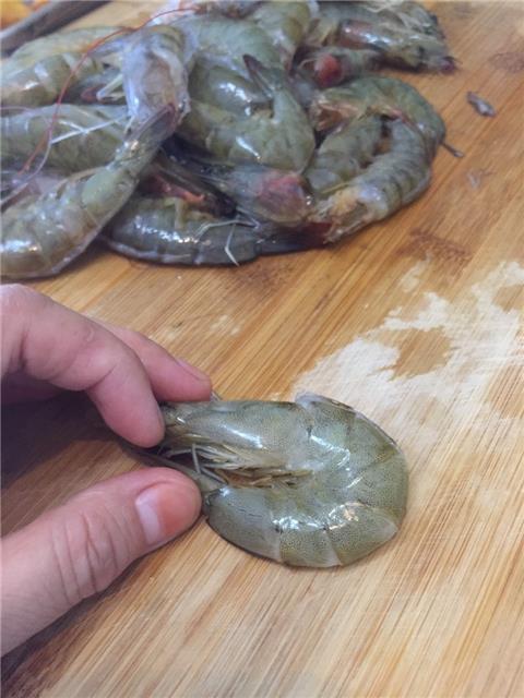 开背凤尾虾,周末美食!(图2)