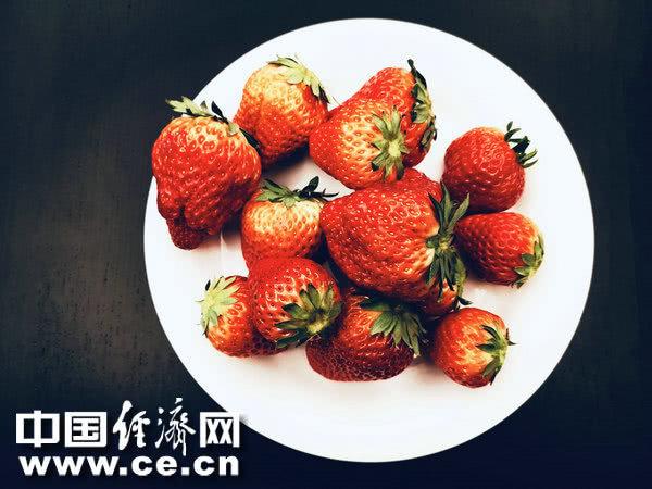 夏季喝粥好處多 適合夏天喝的水果粥 【中國經濟網】