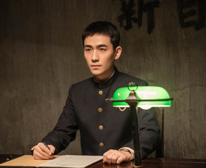 《重启》收官1年,朱一龙终于带新剧《叛逆者》回归啦(图5)