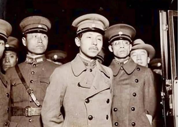 張作霖共有8個兒子,為何傳位給了張學良? 【歷史縱覽】 自媒體 第2张