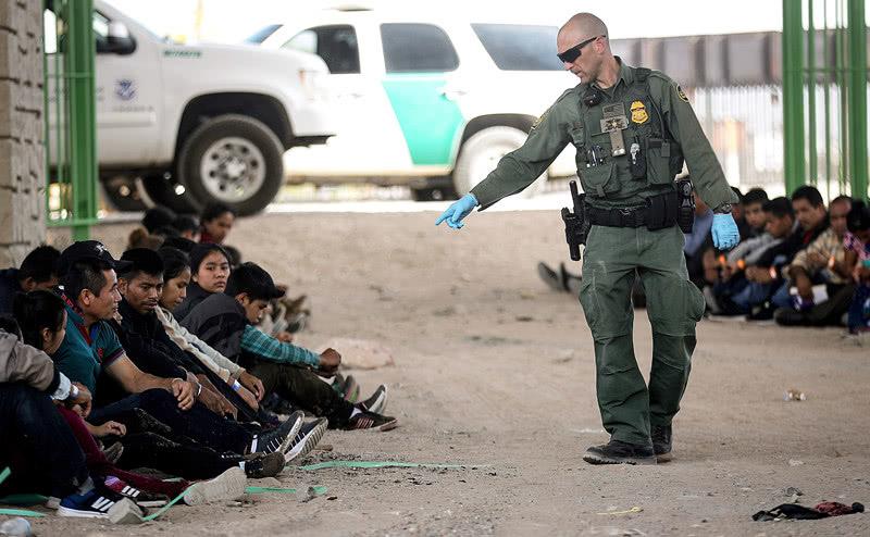 美墨談判取得進展,墨西哥有意在危地馬拉邊境派兵嚴控非法移民 【界面新聞】 自媒體 第1张
