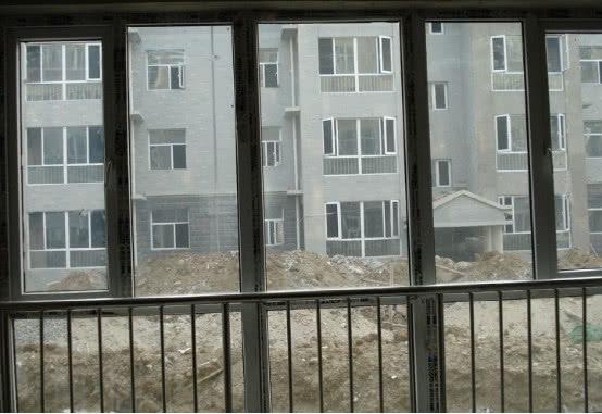 """買房發現有這""""4扇窗戶""""的房子,立馬掉頭走別買,影響家人健康 【識傢居】 自媒體 第2张"""