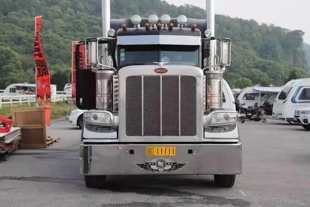 """卡車界的""""超跑""""!擎天柱原型車5百萬售價,看過真車才知道霸氣 【醬油妹說車】"""