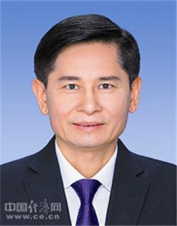 孙大伟当选广西壮族自治区政协主席,蓝天立不再担任(图文简历)