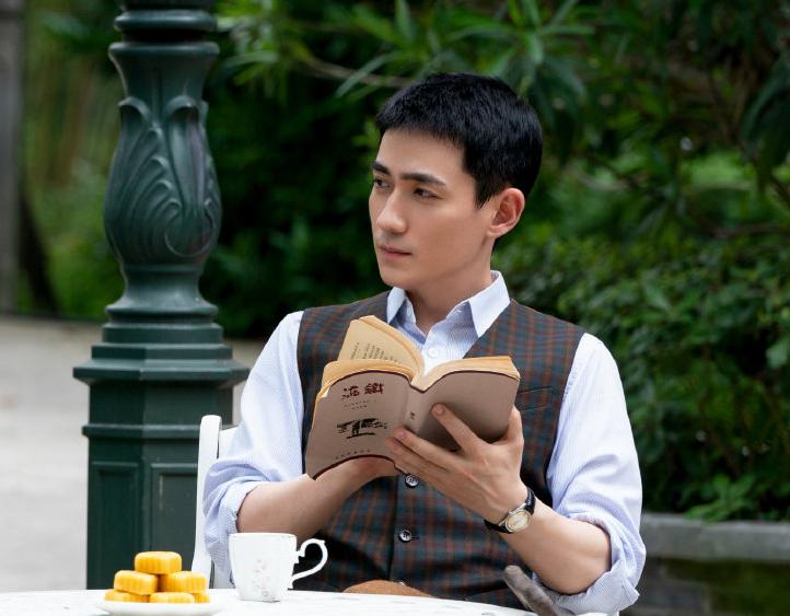 《重启》收官1年,朱一龙终于带新剧《叛逆者》回归啦(图4)