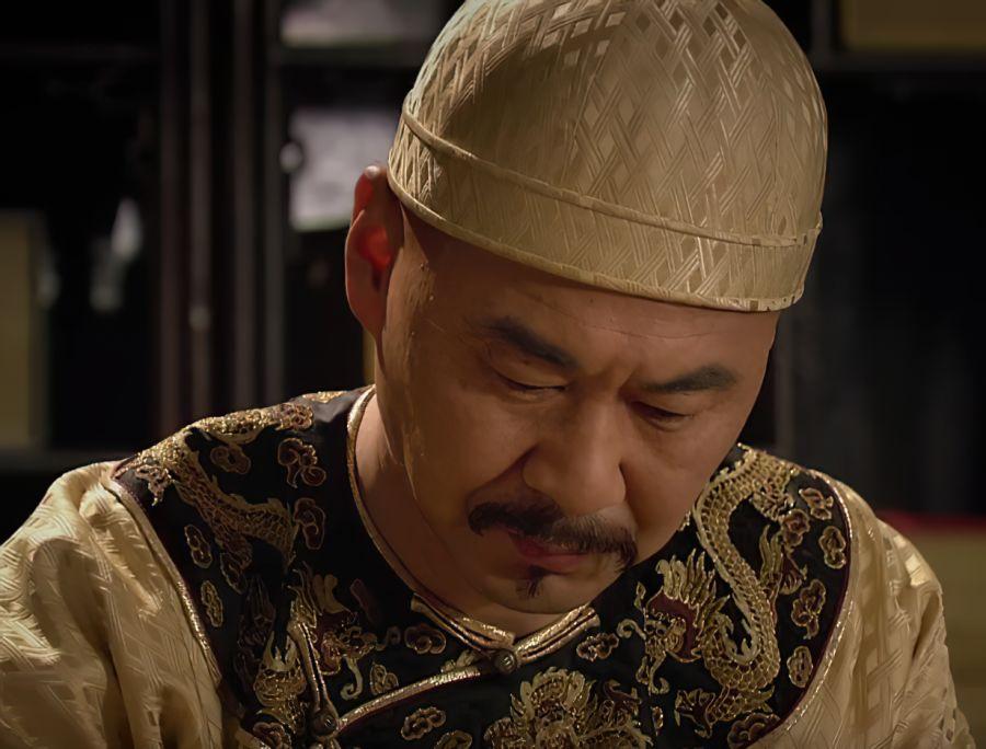 甄嬛传:甄嬛未进宫前谁最得宠?不是华妃,而她的绿头牌都被摸黑了